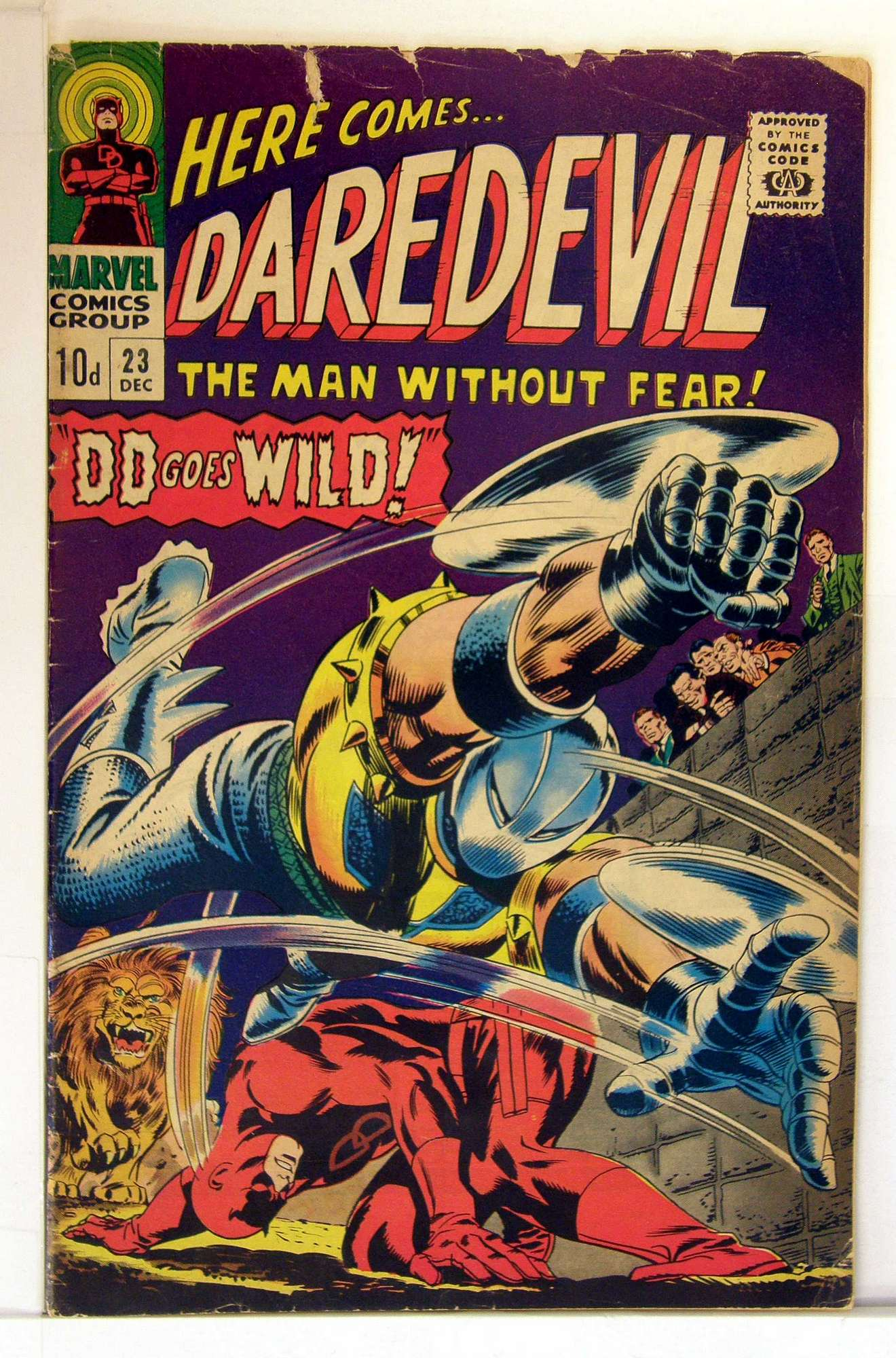 Cover of Daredevil (Vol 1) #23. One of 250,000 Vintage American Comics on sale from Krypton!