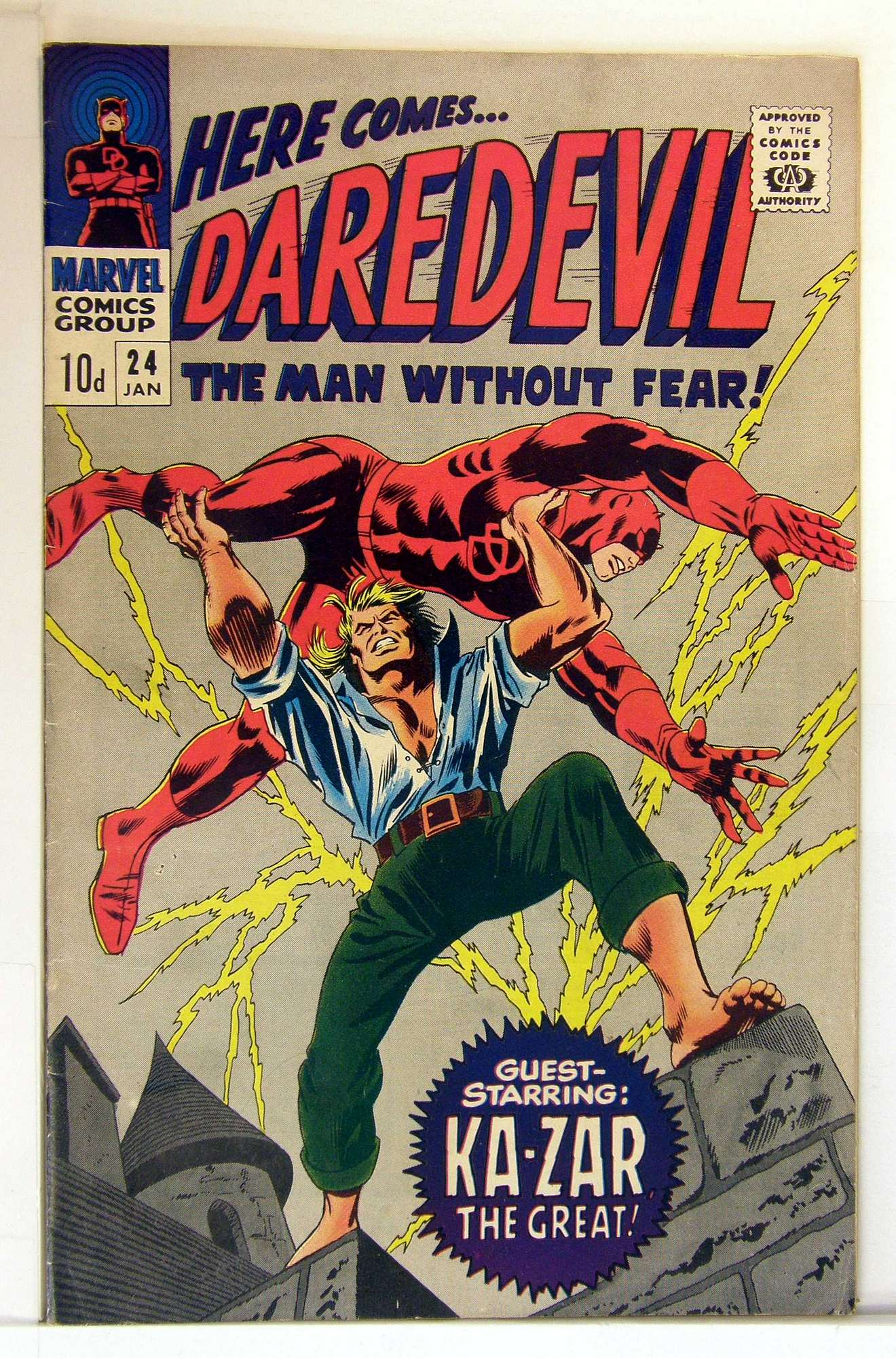 Cover of Daredevil (Vol 1) #24. One of 250,000 Vintage American Comics on sale from Krypton!