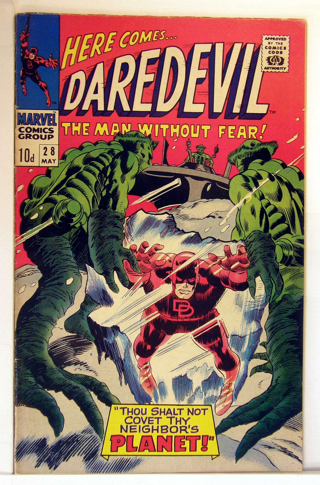 Cover of Daredevil (Vol 1) #28. One of 250,000 Vintage American Comics on sale from Krypton!