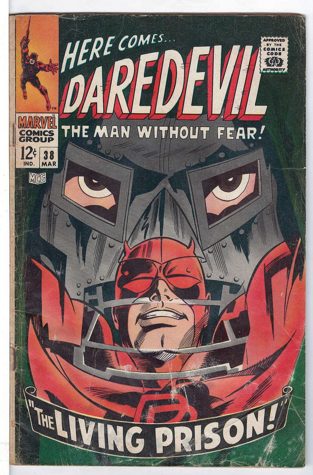 Cover of Daredevil (Vol 1) #38. One of 250,000 Vintage American Comics on sale from Krypton!