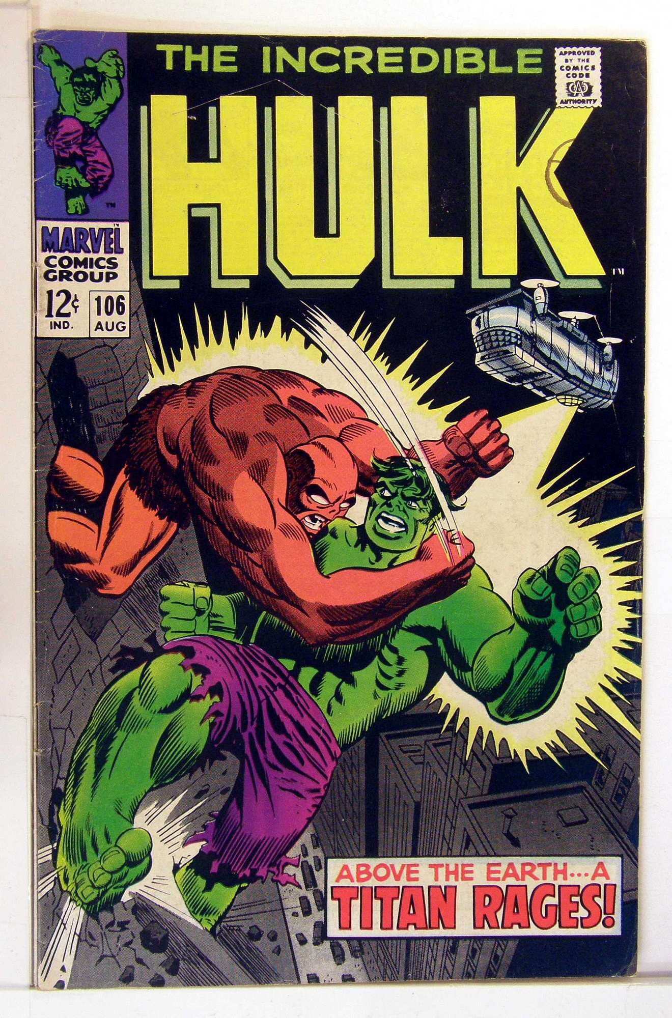 Cover of Incredible Hulk (Vol 2) #106. One of 250,000 Vintage American Comics on sale from Krypton!