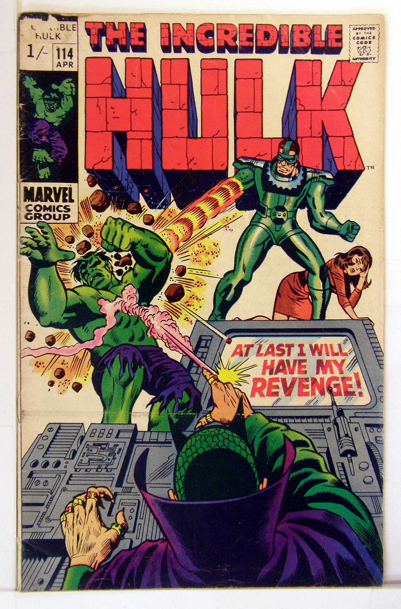 Cover of Incredible Hulk (Vol 2) #114. One of 250,000 Vintage American Comics on sale from Krypton!
