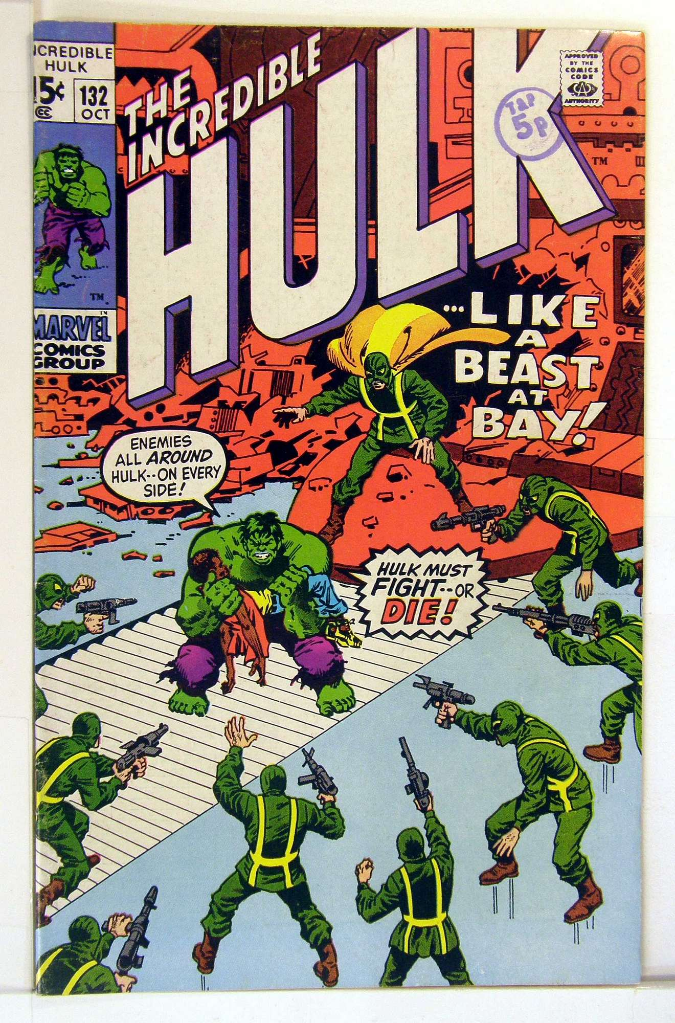 Cover of Incredible Hulk (Vol 2) #132. One of 250,000 Vintage American Comics on sale from Krypton!