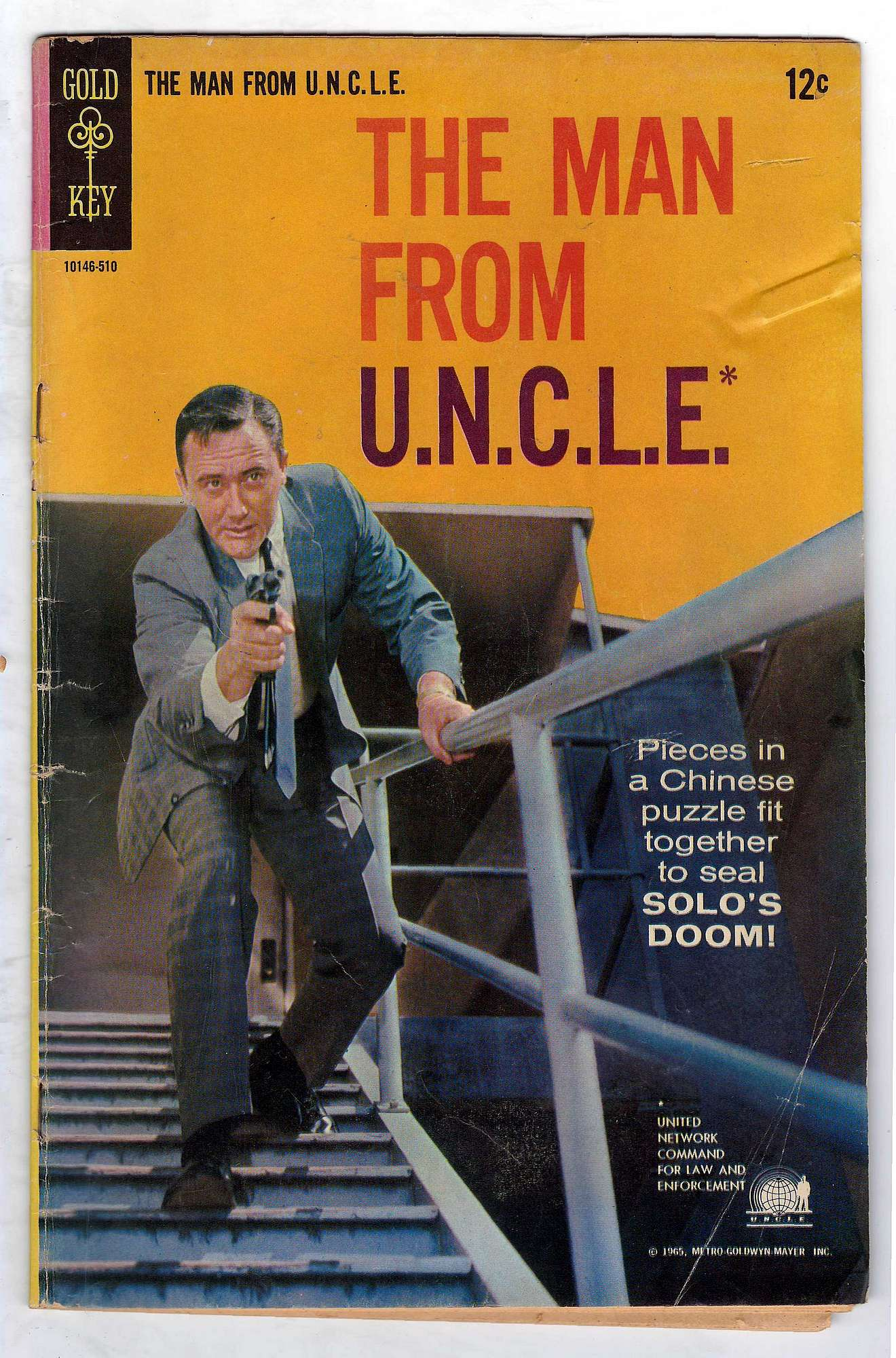 Cover of Man From U.N.C.L.E. (Vol 1) The #2. One of 250,000 Vintage American Comics on sale from Krypton!
