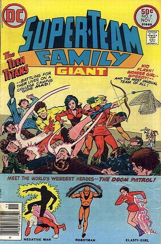 Cover of Super-Team Family (Vol 1) #7. One of 250,000 Vintage American Comics on sale from Krypton!